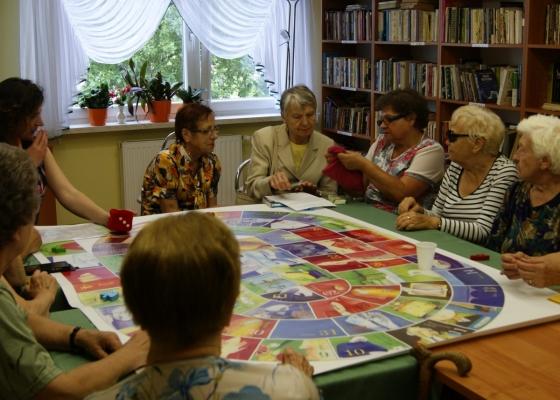 """Warsztaty dla osób starszych w ramach projektu """"Życie jest podróżą"""""""